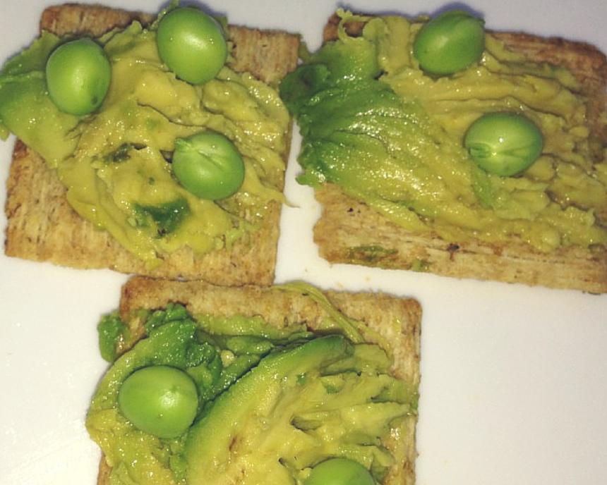 Avocado on Rosemary Crackers with Fresh Peas