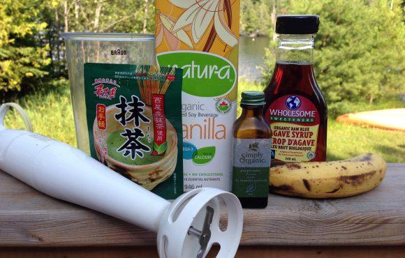 Matcha Green Tea Powder (& a cancer-thriver smoothie recipe!)