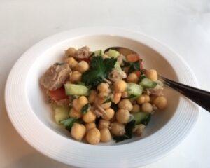 Mediterranean Tuna Salad No Mayo