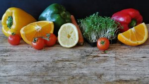 oranges, sprouts, tomatoes, peppers and carrott